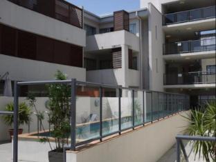 FV4006 Apartments Brisbane - Swimming Pool