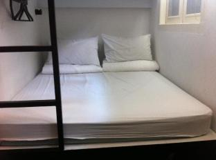 Bunc Hostel Singapore - 16 Bed Mixed Dormitory (Double Bed)