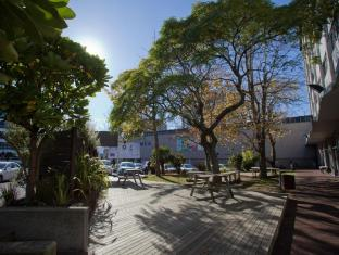 YMCA Hostel Auckland - Hostel Garden