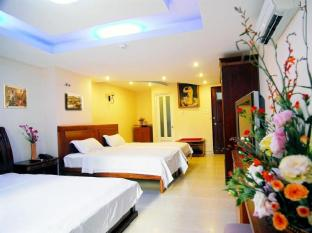 Blue River 2 Hotel Ho Chi Minh City - Deluxe Triple