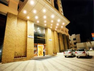 Deccan Plaza Chennai - Entrance