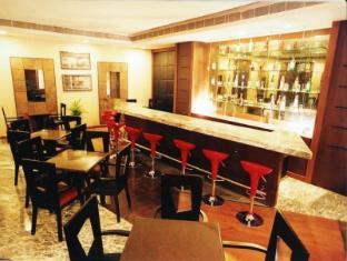 Deccan Plaza Chennai - Down Town - Bar
