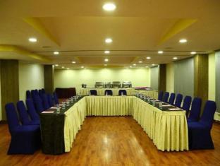Deccan Plaza Chennai - Meeting Room