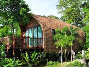 The Cinnamon Art Resort and Spa