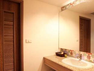 The Viridian Resort Phuket - Banyo