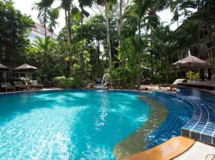 The Viridian Resort Phuket - Piscina