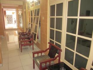 Hotel Puri Royan