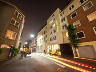 /novum-hotel-leonet-koln-altstadt/hotel/cologne-de.html?asq=jGXBHFvRg5Z51Emf%2fbXG4w%3d%3d