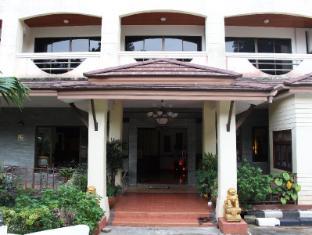 Royal Residence Hotel Phuket - Entrance