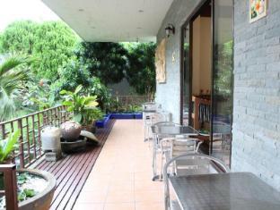Royal Residence Hotel Phuket - Balcony/Terrace