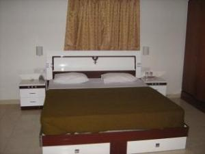 Shree Balaji Serviced Apartment - Harmesh Heritage Phase-2