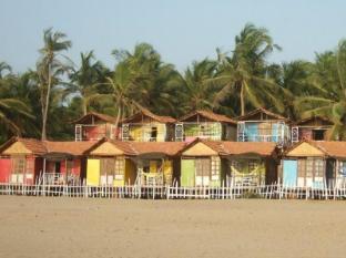 愛崗達浪漫沙灘小屋