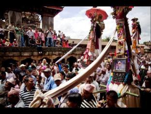 Nepa: Guest House Bhaktapur - Gaijatra Festival (21-22 Aug)