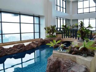 BSA Twin Tower Ortigas Manila - Lagoon Pool