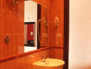 Antonietta's House B&B Rome - Bathroom