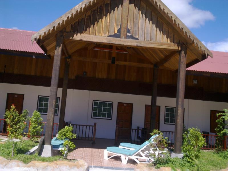 Landcons Resort