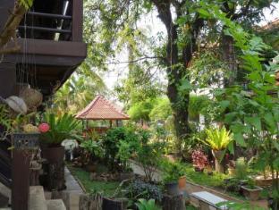 Villa Lao Vientiane - Exterior
