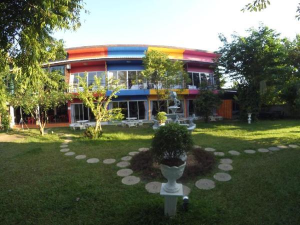 Lakeland Homestay Chiang Mai