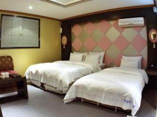 Manhattan Hotel Seoul - Deluxe Twin