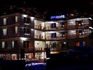 Utopia Resort