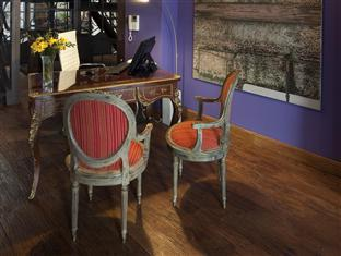 San Telmo Luxury Suites Hotel Buenos Aires - Front Desk