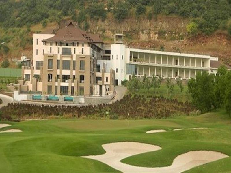 Oxford Golf Resort