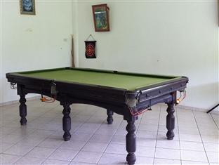 Elephant Guesthouse Phuket - The Pool Table