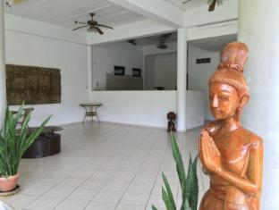 Elephant Guesthouse Phuket - Kitchen