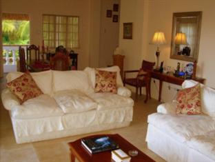 The Cove House Bed & Breakfast Panglao Island - Lounge