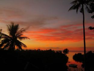 The Cove House Bed & Breakfast Panglao Island - Sunset at The Cove House