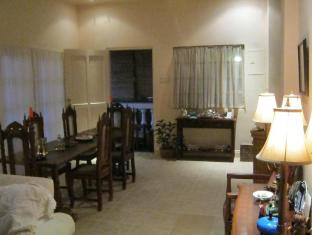 The Cove House Bed & Breakfast Panglao Island - Lobby
