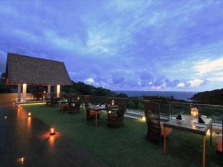 Avista Hideaway Resort & Spa Phuket Phuket - Sizzle - The Rooftop Barbecue Restaurant