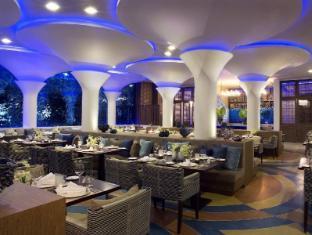 Avista Hideaway Resort & Spa Phuket פוקט - מסעדה