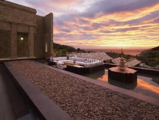 Avista Hideaway Resort & Spa Phuket פוקט - בית המלון מבפנים