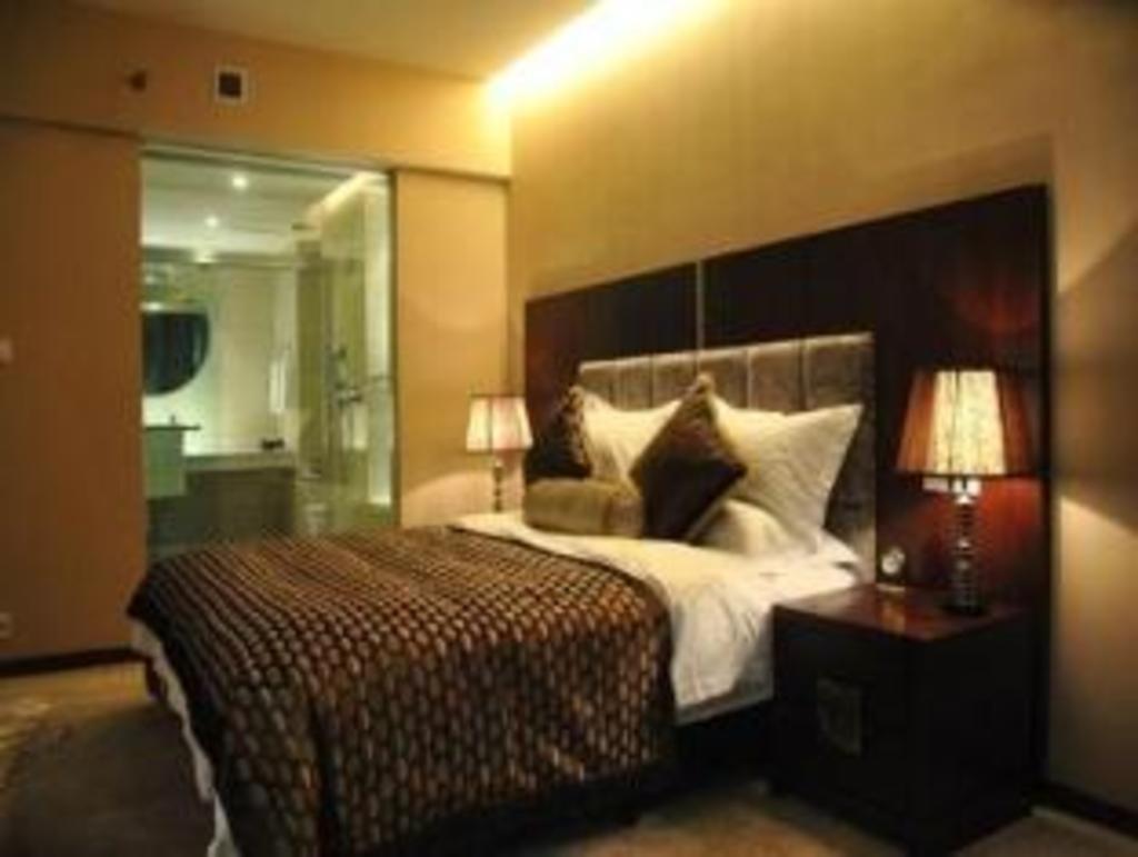 7 Days Inn Luoyang Zhongzhou Zhong Road Nine Dragon Ding Luoyang Aviation Hotel Hotels Book Now