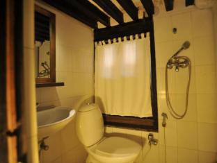 Peacock Guest House Bhaktapur - Standard Room Bathroom