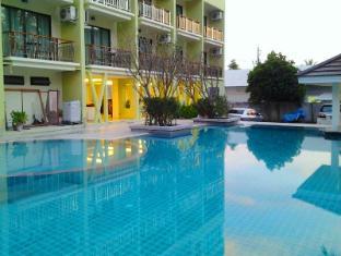 加林海灘飯店