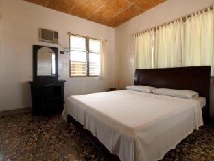 Maia's Beach Resort Bantayan Island - Cottage Queen