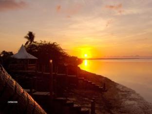 Maia's Beach Resort Bantayan Island - Sunrise