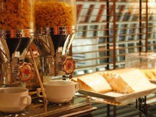 Louis' Tavern Transit hotel Dayrooms Suvarnabhumi Airport Bangkok - Restaurant