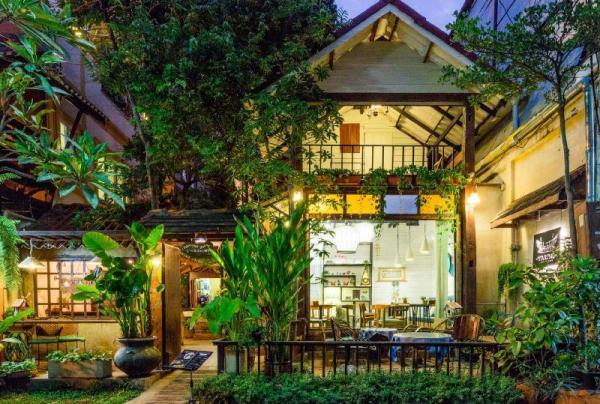 Changmoi House Little Village Chiang Mai