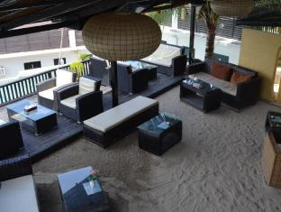 Peace and Love Resort San Vicente - sand beach terrace