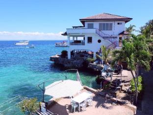 Kon Tiki Marina Suites Mactan Island - Exterior hotel