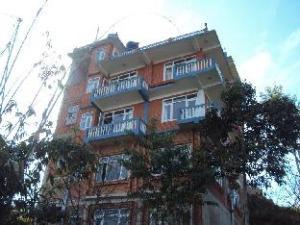 喜马拉雅山日出宾馆 (Himalayan Sunrise Guest House)