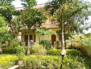 Hotel Rainforest Chitwan - Jardim