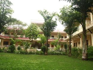 Hotel Rainforest Chitwan - Planta dos Andares