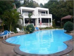 Fullmoon Beach Resort Phuket - Swimming Pool