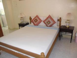 Royal Taal Inn Tagaytay - Guest Room