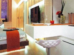 V Wanchai Hotel Hong Kong - Guest Room
