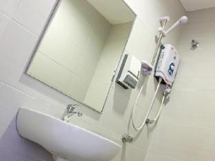 My Hotel @ KL Sentral Kuala Lumpur - Bathroom